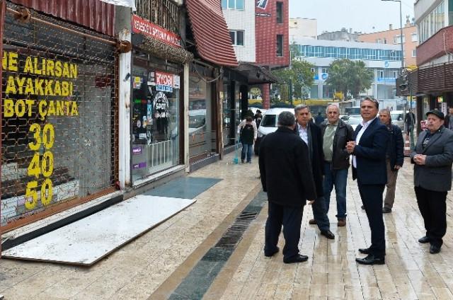 Başkan Uysal'dan Esnafa 'Geçmiş Olsun' Ziyareti