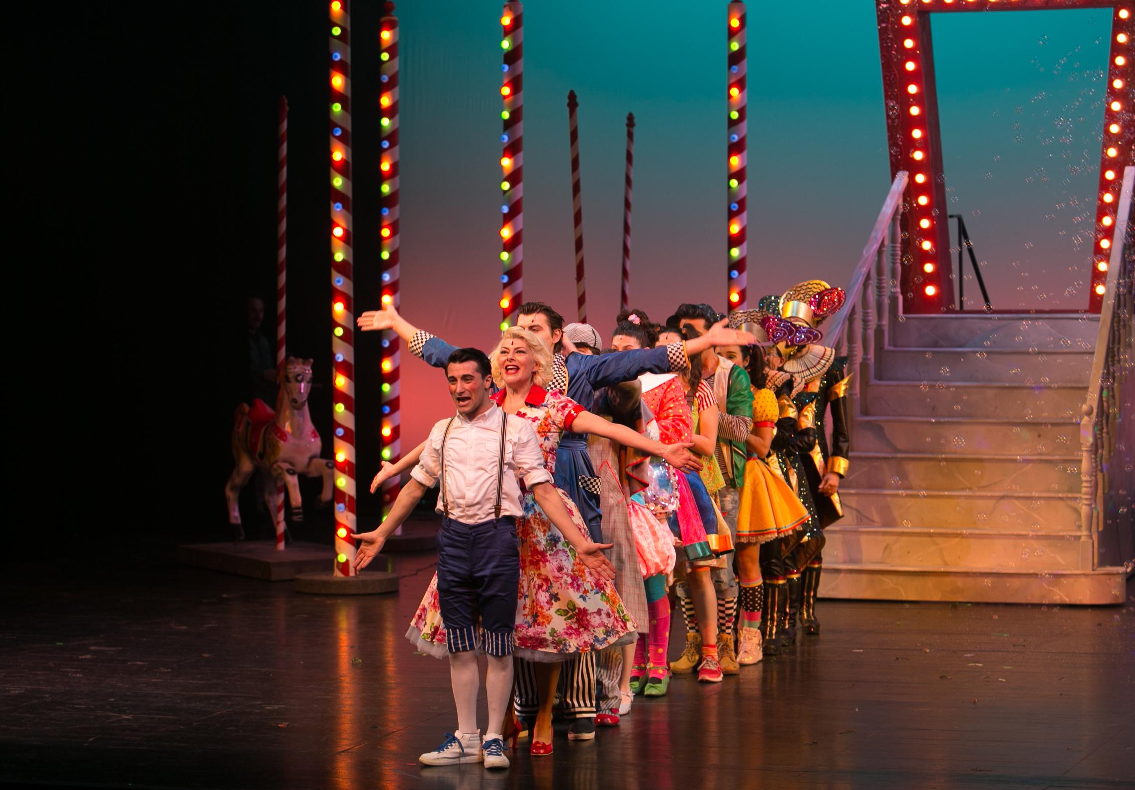 Zorlu Çocuk Tiyatrosu Antalya'ya geliyor