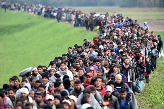 """Aü'den """"Mülteci ve Göçmen Toplulukları İçin Hoşgörü"""" Projesi"""