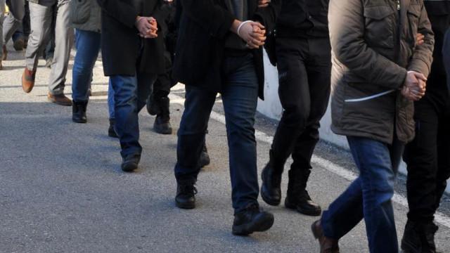 Bylock Kullandığı Tespit Edilen ve İhraç Edilen 35 Emniyet Personeli Tutuklandı