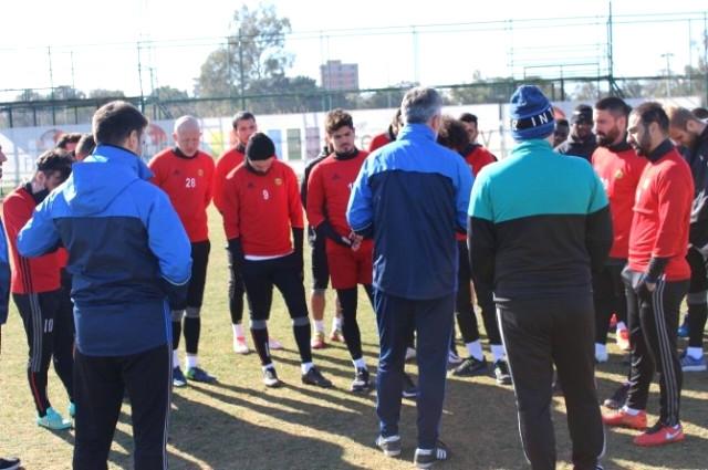 Evkur Yeni Malatyaspor Denizlispor'u Yakın Takibe Aldı