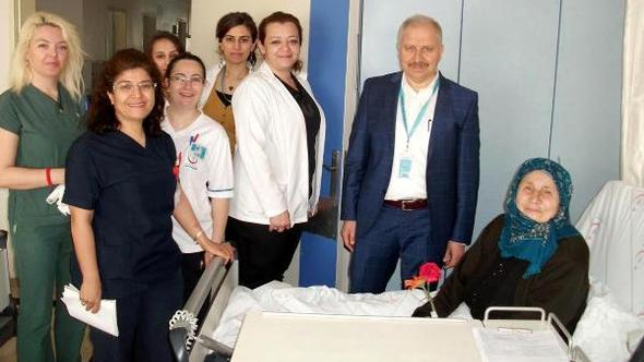 Hastanede Yaşlılar Haftası kutlaması