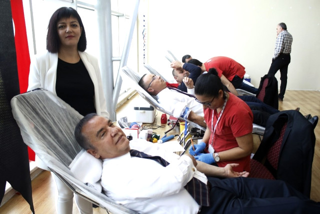 """Başkan Böcek, """"Kan Bağışı Kampanyasının öncüsü olduk"""""""