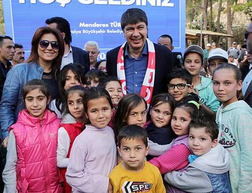Başkan Türel Büyükşehir personeli ile piknik yaptı