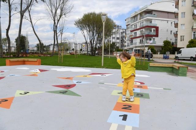 Liman Mahallesi'nde 17. park hizmete açıldı..