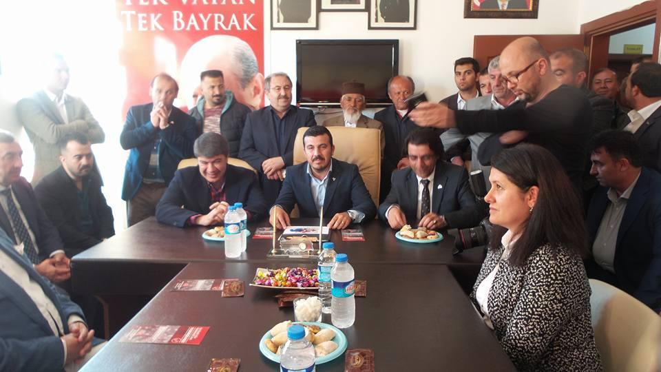 Başkan Türel'den Kemer AK Parti ve MHP'ye Ziyaret