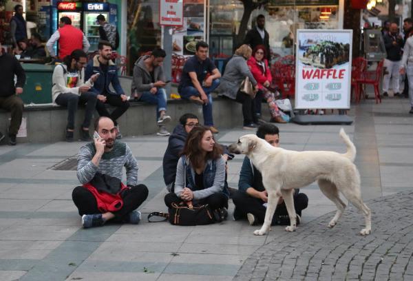 Antalya'da Referandum Protestosu