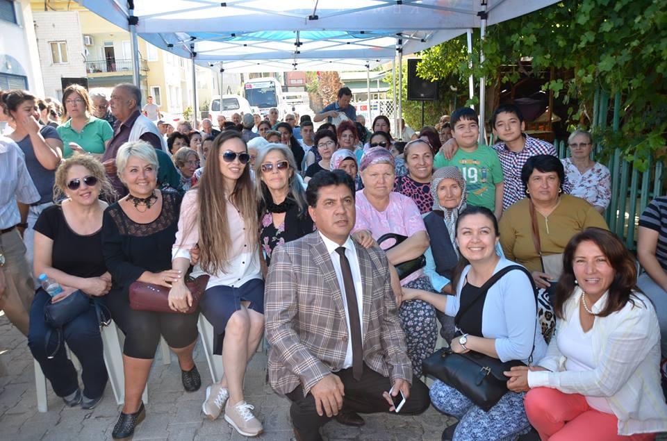 CHP İlçe Binasında Üye Kayıtta Adeta İzdiham yaşandı