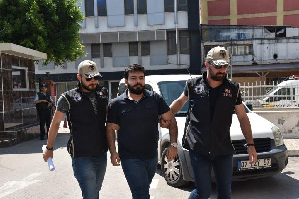 Avukat 'ByLock'tan gözaltına alındı