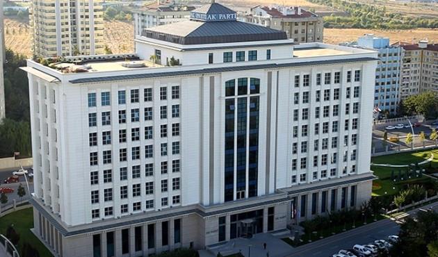 Ak Parti, 'Siyasi Analiz' Komisyonu Kurdu