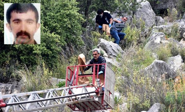 Antalya'da Dağlık Alanda Bir Erkek Cesedi Bulundu