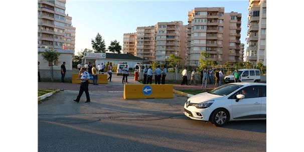 Antalya'da Esnaf Kavgası 2 Yaralı
