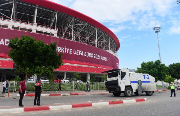 Eskişehirspor-Göztepe finali için Antalya'da büyük önlem