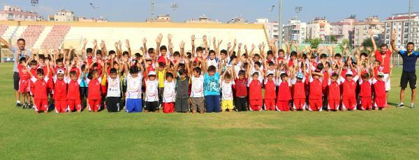Haydi öğrenciler 'Yaz Spor Okulu'na
