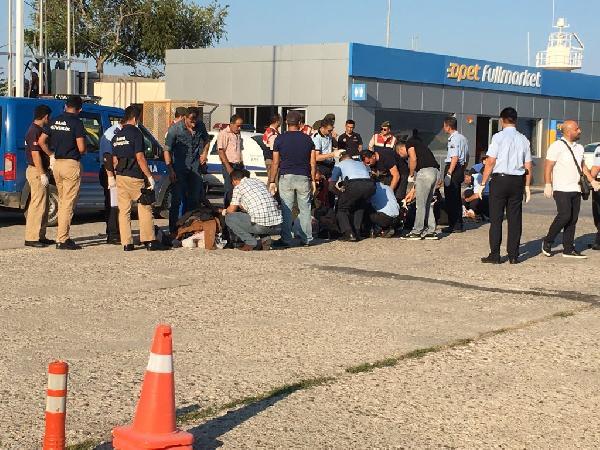 Antalya'da denizde 194 kaçak yakalandı