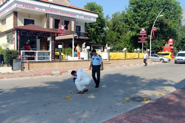 Kemer'de Eğlence merkezine silahlı saldırı