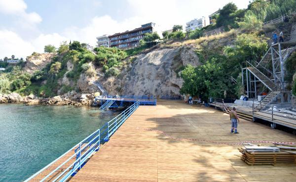 Yeni falez plajları