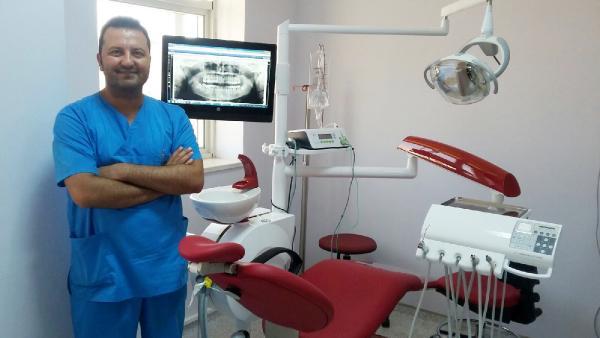 ADSM'de diş nakli yapıldı