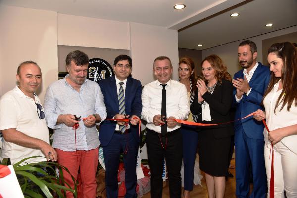 Antalya'nın ilk 'arabuluculuk' ofisi açıldı