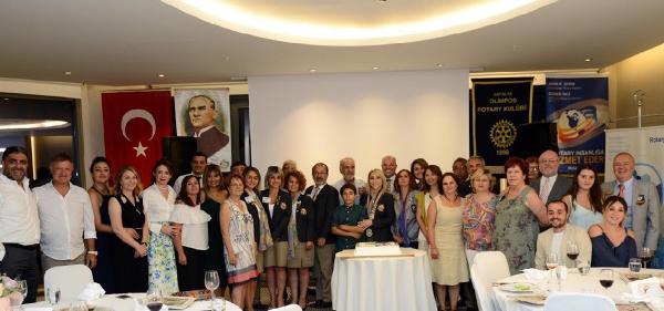 Olimpos Rotary'de yönetim değişikliği
