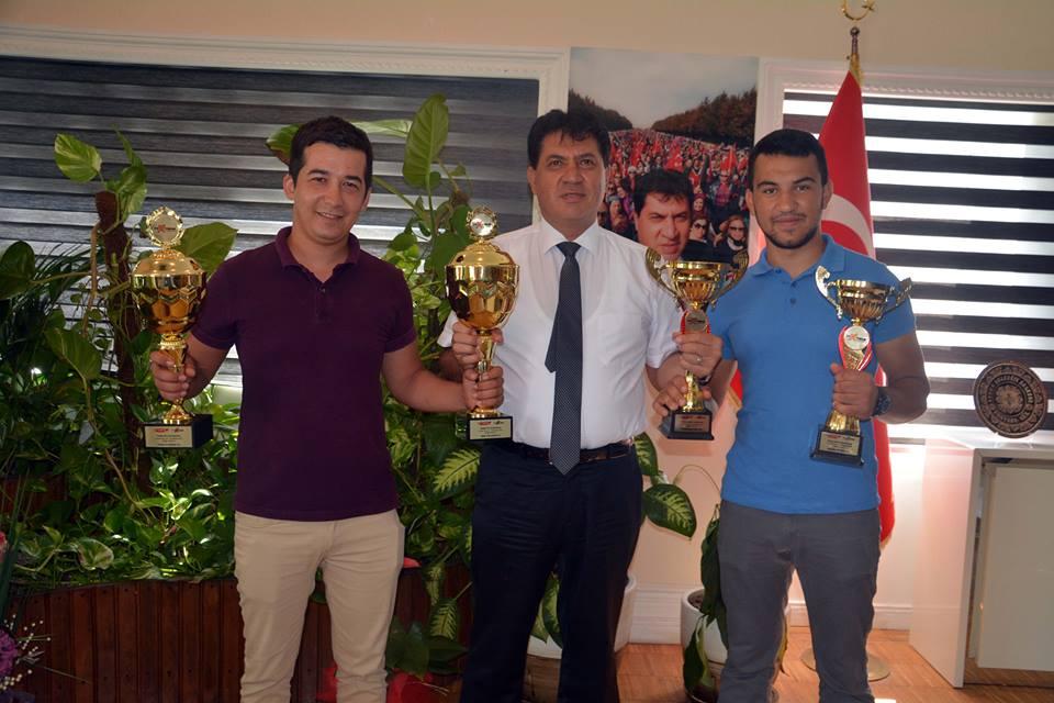 Kemerli sporcuların şampiyonluk gururu