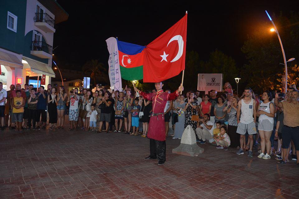 AZERİ EKİP KEMER'İ COŞTURDU
