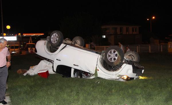 Kemer'de kaza: 3 yaralı