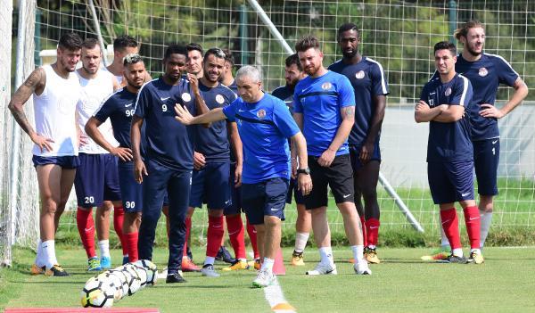 Antalyaspor arayı hazırlık maçıyla değerlendirecek