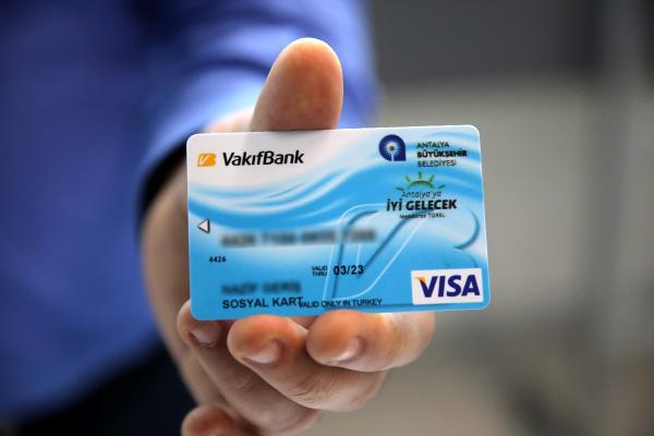 Bayram öncesi ihtiyaç sahiplerine sosyal kart