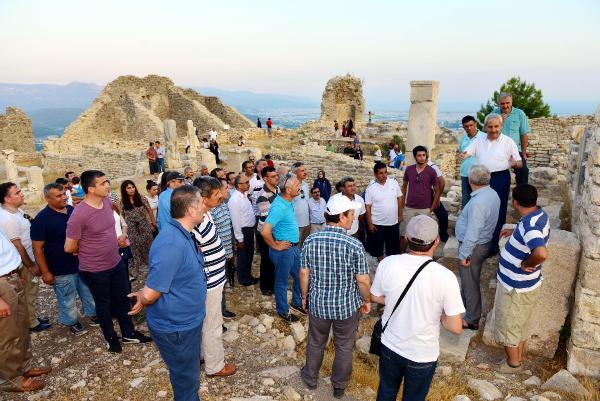 Müdürler Rhodiapolis'i gezdi