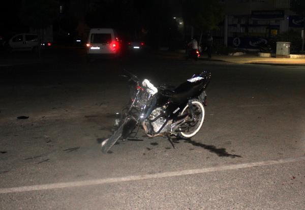 Kasksız motosiklet sürücüsü Halimcan kazada öldü