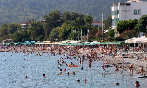 Osman Ayık: Bayram tatili 10 gün olursa milyonluk turizm hareketliliği yaşanabilir