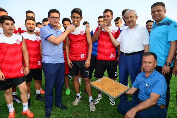 Kumluca Belediyespor sezonu açtı