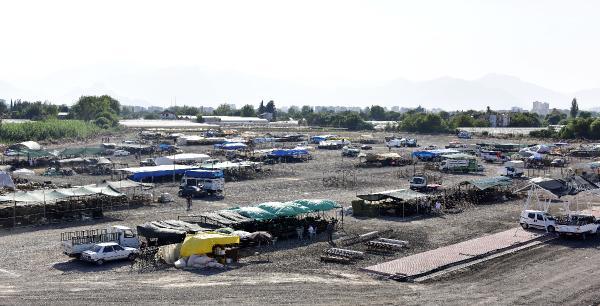 Muratpaşa'dan kurban satış ve kesim alanları