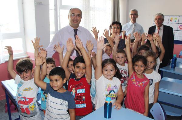 Kaymakam Feslihan'dan okullara ziyaret