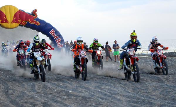 Red Bull Sea to Sky'ın şampiyonu Graham Jarvis