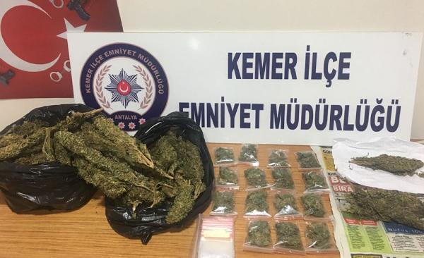 Kemer'de uyuşturucu operasyonu