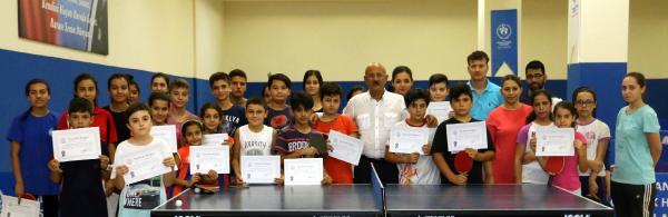 Yaz okulu sertifikaları verildi