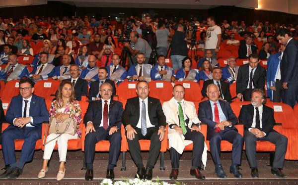 Bakan Çavuşoğlu'ndan Barzani'ye sert tepki
