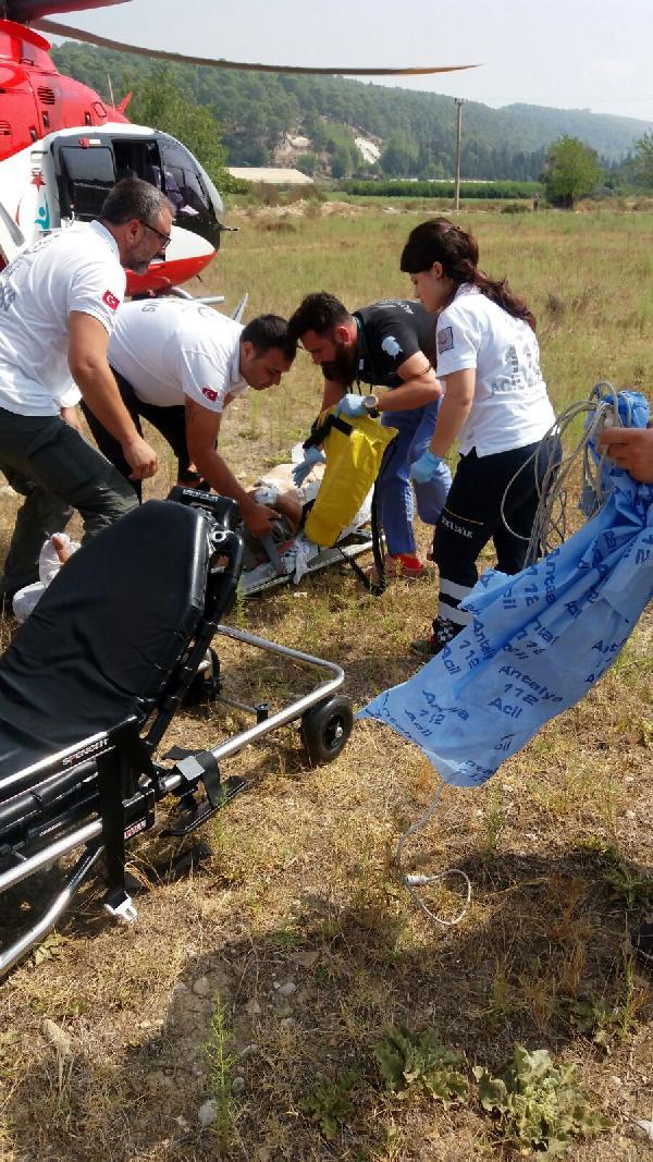 Ambulans helikopterle Antalya'ya gönderildi