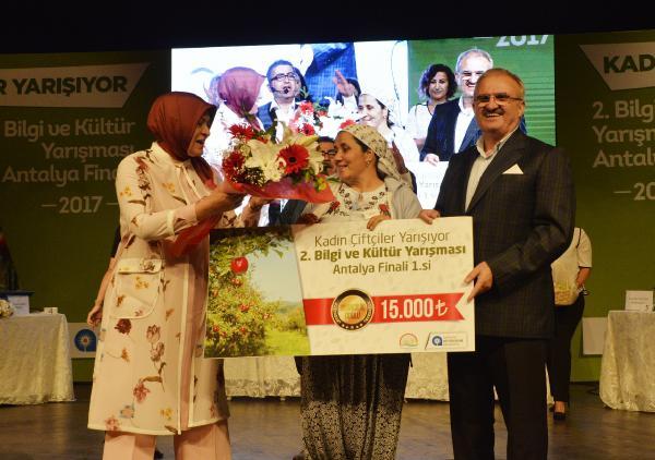 Antalya'da kadın çiftçiler yarıştı