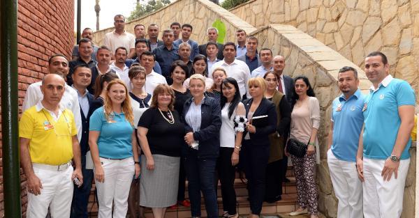 Özbek turizm yöneticilerine eğitim