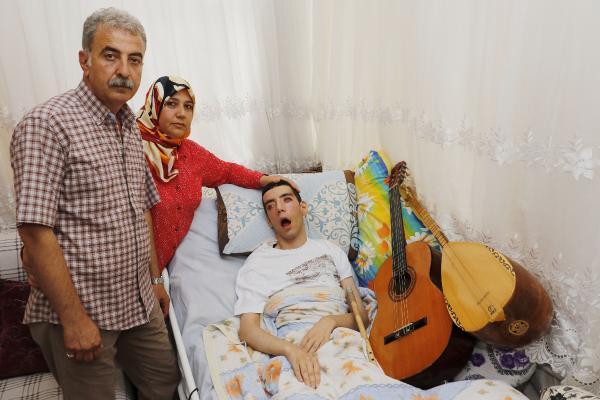 Teşhisi konulamayan hastalık 5 yıldır yatağa mahkum etti