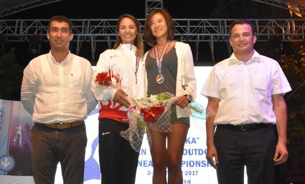 Dalış şampiyonasında madalyalar verildi