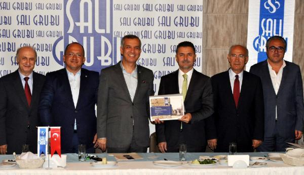 Antalya'da 2 bin 400 Suriyeli eğitim görüyor
