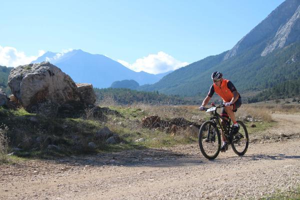Trans Taurus Dağ Bisikleti Rallisi başladı