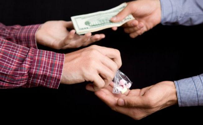 Kemer'de Uyuşturucu ticaretinden tutuklandı