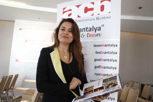 """Karaloğlu: """"Antalya'nın 200 Bine Yakın Kongre İçin Koltuk Kapasitesi Var"""" Antalya Valisi Münir Karaloğlu, şehrin, kongre için 200 bine yakın koltuk kapasitesi olduğunu söyledi."""