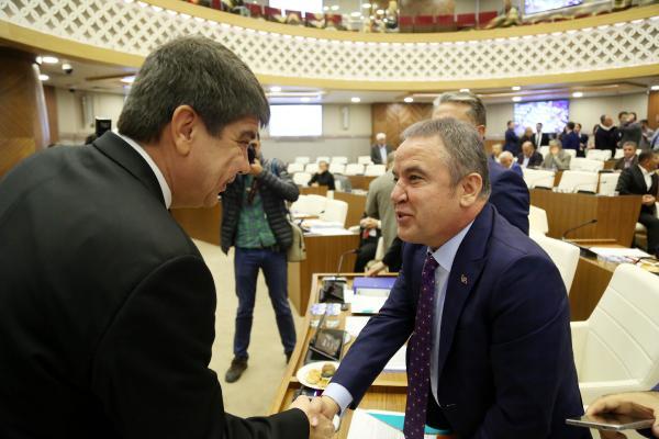 Türel CHP'yi eleştirdi, Böcek'e teşekkür etti