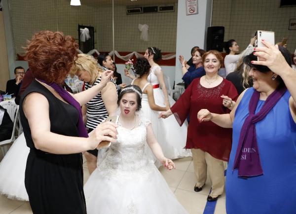 'Kadının Sesi Platformu'ndan engellilere temsili düğün